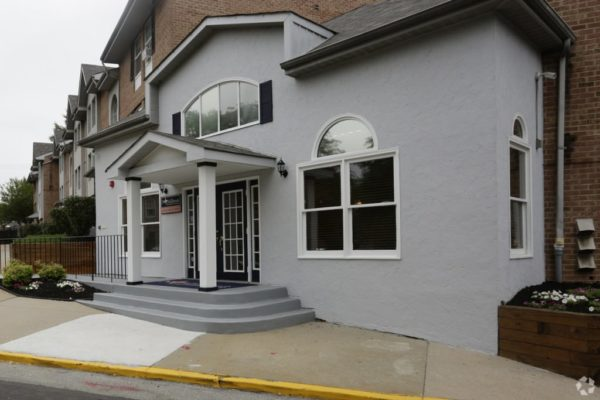 northbrook-apartment-homes-philadelphia-pa-welcome-center1-1024x683